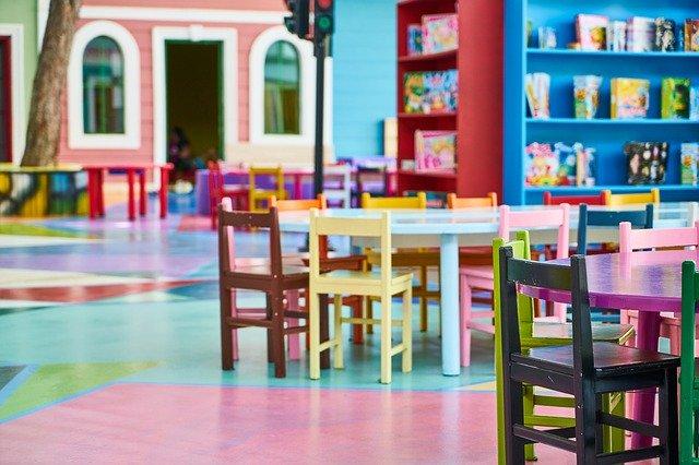 Jakie są rodzaje krzeseł dla dzieci?