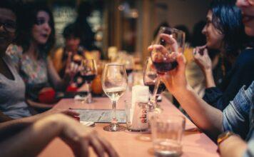 Jak zrobić wino z winogron?
