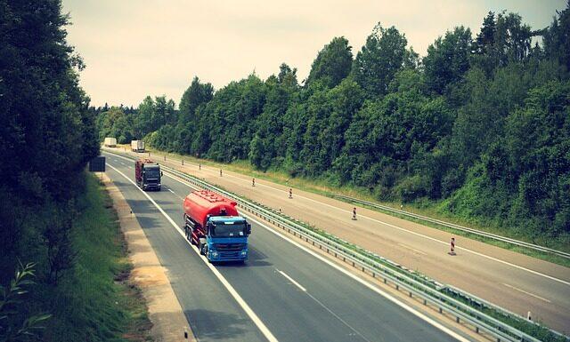 Transport ciężarówką - uwaga na mandaty