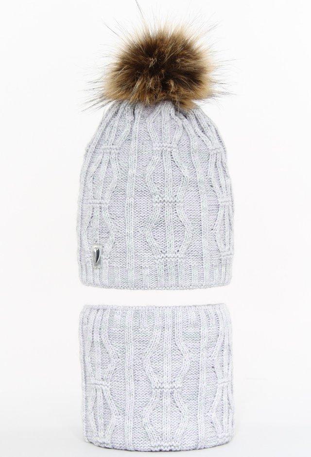 komplety czapka i szaliki damskie